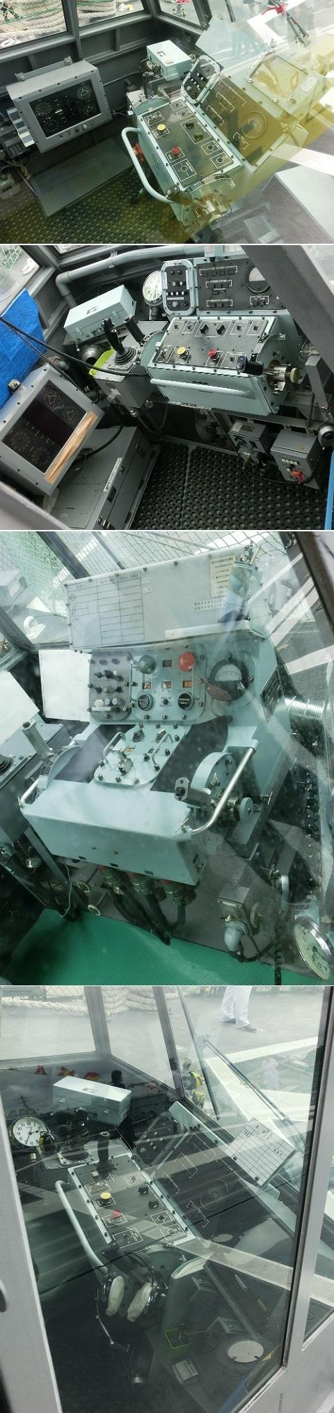 LSO(発着艦管制官)管制室のパネル